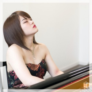 野底彩芽 ピアニスト
