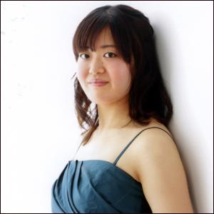 小部綾子 ピアノ奏者