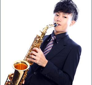 井出崎優 サックス奏者